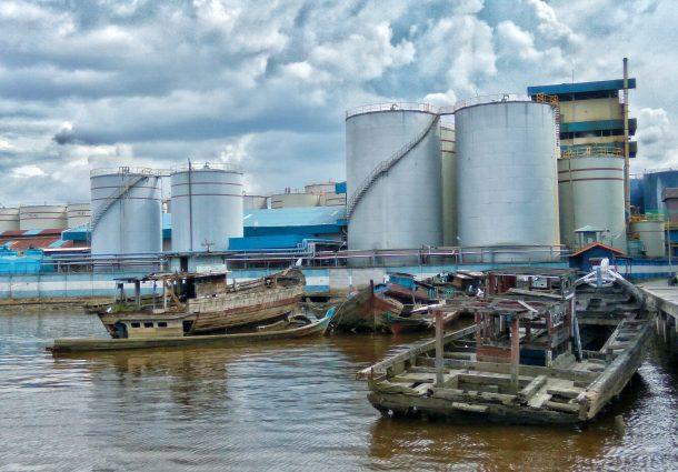 Aktifitas di Pelabuhan Dermaga pokala Pelindo Dumai
